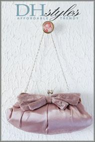 Elegant Oblong Satin Kiss Clasp Clutch Bag